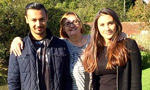 Lucy de Oliveira and family