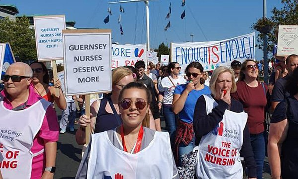 Guernsey nurses in street protest over pay