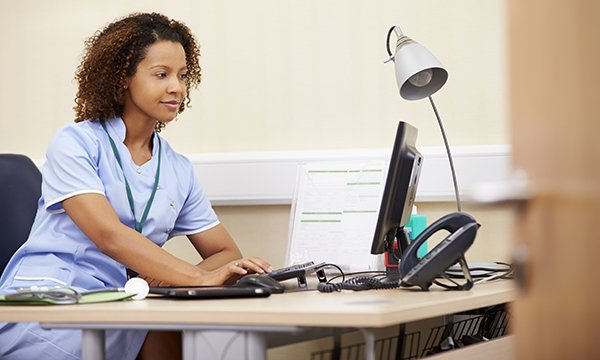 Effect of e-learning on nurses' continuing professional development