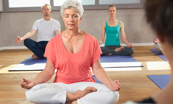 The effect of yoga on the recovery of patients who have undergone a lung resection for primary lung cancer