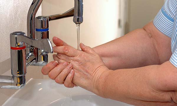 Learning module - Improving compliance with hand hygiene practices